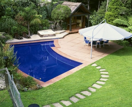 Swimming Pool design with Terracotta